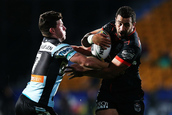 NRL+Rd+21+Warriors+v+Sharks+mXL4Sk9fNDsl.jpg