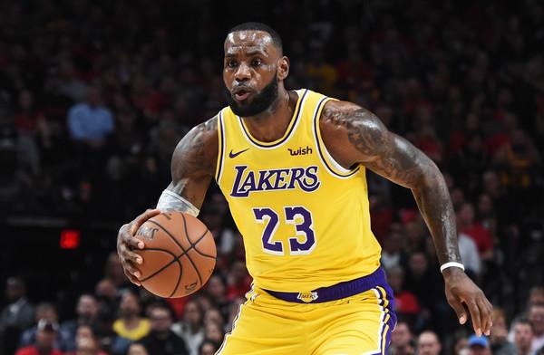 Los+Angeles+Lakers+v+Portland+Trail+Blazers+7UUCUvZrQW0l