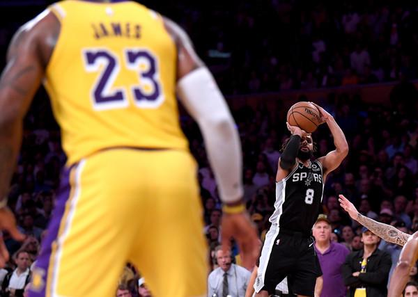 San+Antonio+Spurs+v+Los+Angeles+Lakers+-JqvlKdsRiZl