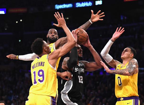 San+Antonio+Spurs+v+Los+Angeles+Lakers+9Tx9vvE4UH7l