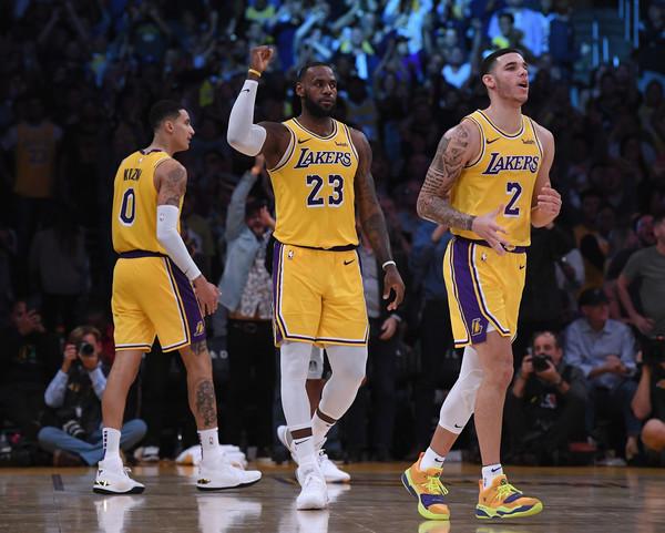 San+Antonio+Spurs+v+Los+Angeles+Lakers+__6_RKtlooKl