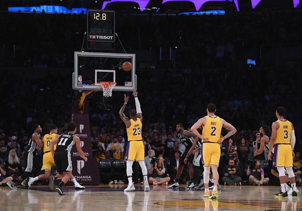 San+Antonio+Spurs+v+Los+Angeles+Lakers+HPC0iWB9IuLl