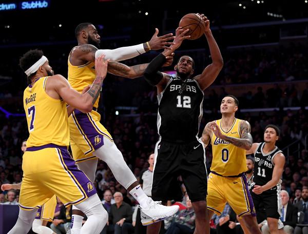 San+Antonio+Spurs+v+Los+Angeles+Lakers+UAzuoWddABgl